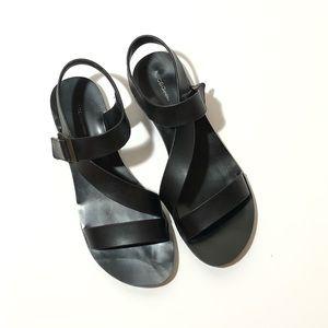 BCBGENERATION Sandals Size 8